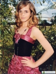 Emma-Watson-Photoshoot-024-Teen-Vogue-2005-anichu90-16830958-378-500